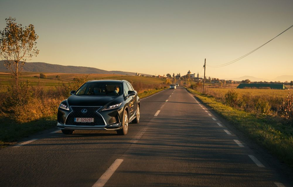 """PORTRET: Lexus RX 450h după 2000 de kilometri: """"RX 450h este despre confort, serenitate și atenție la detalii, nicidecum despre adrenalină și sportivitate"""" - Poza 11"""