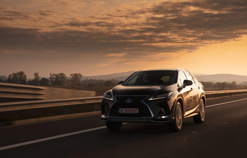 """PORTRET: Lexus RX 450h după 2000 de kilometri: """"RX 450h este despre confort, serenitate și atenție la detalii, nicidecum despre adrenalină și sportivitate"""" - Poza 48"""