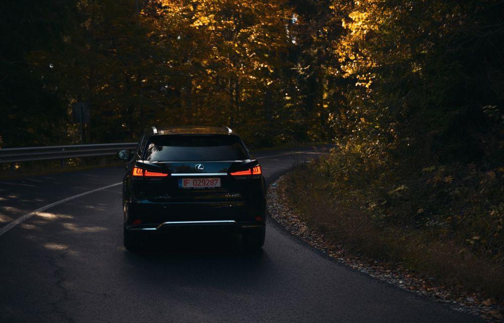 """PORTRET: Lexus RX 450h după 2000 de kilometri: """"RX 450h este despre confort, serenitate și atenție la detalii, nicidecum despre adrenalină și sportivitate"""" - Poza 27"""