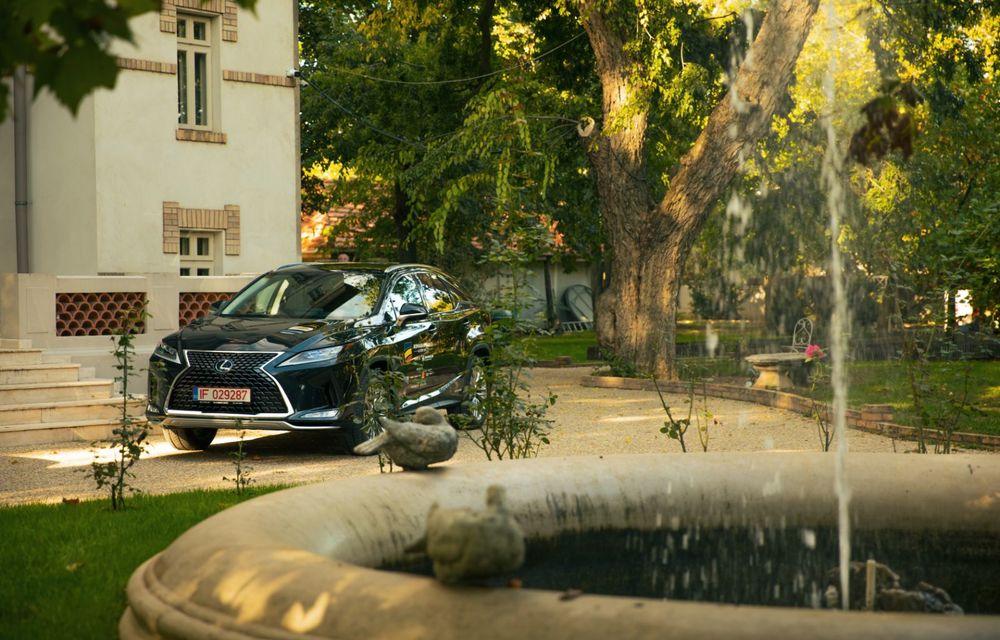 """PORTRET: Lexus RX 450h după 2000 de kilometri: """"RX 450h este despre confort, serenitate și atenție la detalii, nicidecum despre adrenalină și sportivitate"""" - Poza 9"""