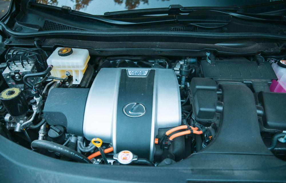 """PORTRET: Lexus RX 450h după 2000 de kilometri: """"RX 450h este despre confort, serenitate și atenție la detalii, nicidecum despre adrenalină și sportivitate"""" - Poza 57"""