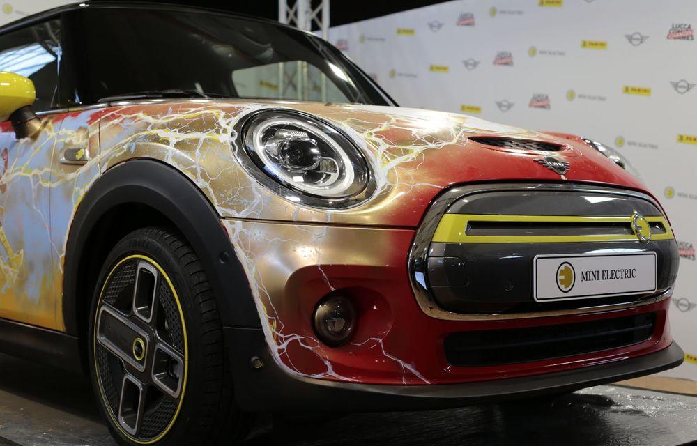 Art Car dezvoltat pe baza actualului Mini electric: modelul britanic îmbracă hainele supereroului The Flash - Poza 19
