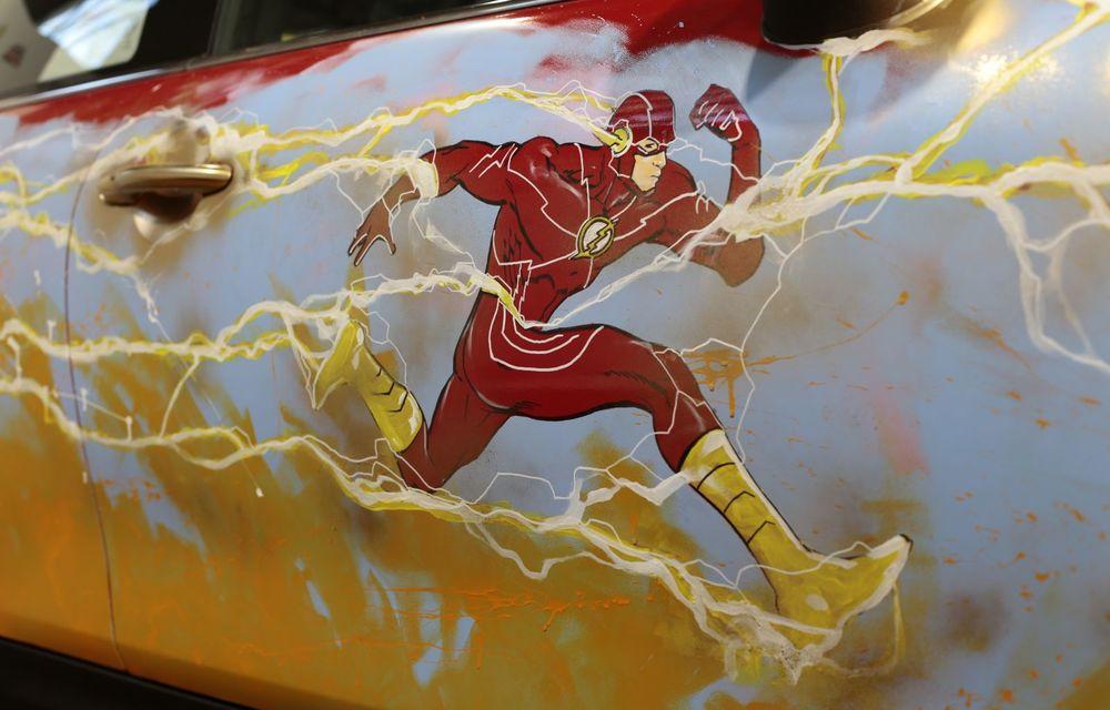 Art Car dezvoltat pe baza actualului Mini electric: modelul britanic îmbracă hainele supereroului The Flash - Poza 24