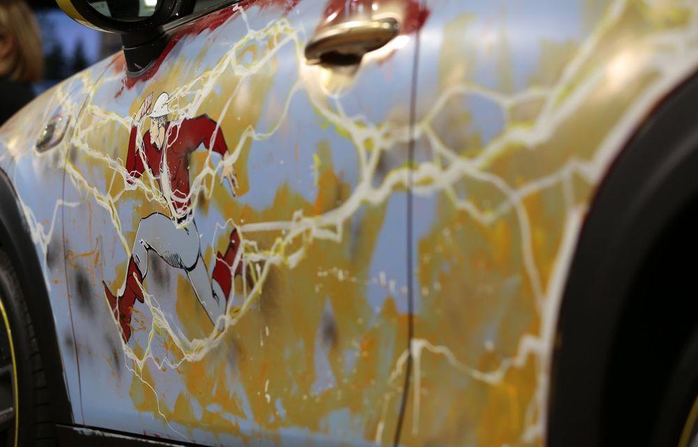 Art Car dezvoltat pe baza actualului Mini electric: modelul britanic îmbracă hainele supereroului The Flash - Poza 17