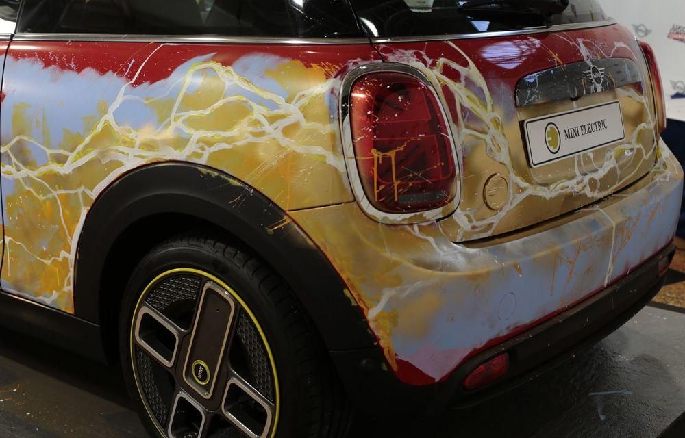 Art Car dezvoltat pe baza actualului Mini electric: modelul britanic îmbracă hainele supereroului The Flash - Poza 21