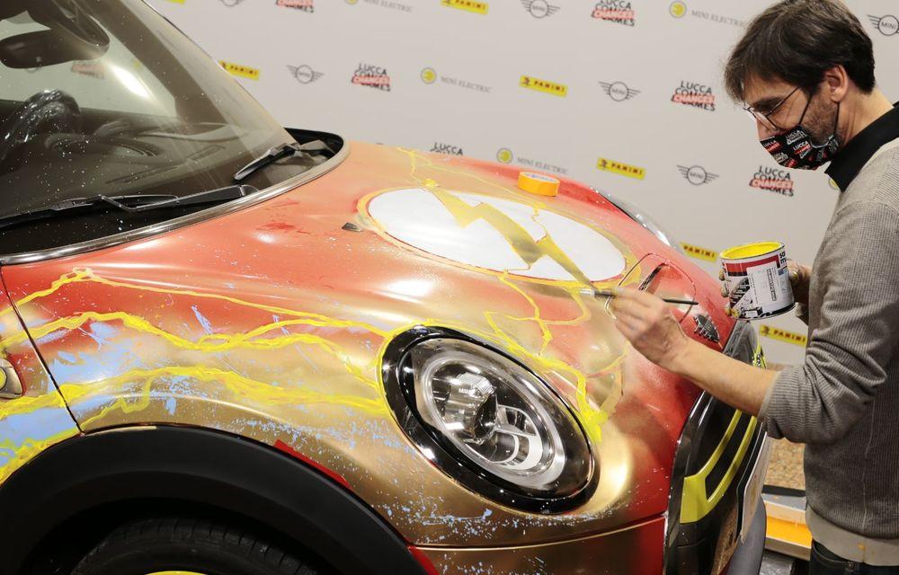 Art Car dezvoltat pe baza actualului Mini electric: modelul britanic îmbracă hainele supereroului The Flash - Poza 6