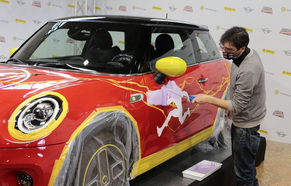 Art Car dezvoltat pe baza actualului Mini electric: modelul britanic îmbracă hainele supereroului The Flash - Poza 4