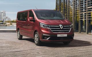 Primele imagini cu Renault Trafic facelift: noua gamă pentru transportul de pasageri primește modificări de design și motoare diesel de până la 170 CP