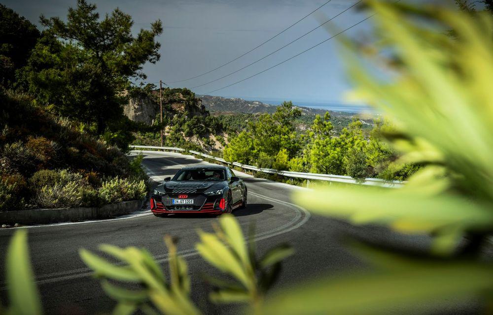 Imagini și informații noi referitoare la viitorul Audi RS e-tron GT: două motoare electrice cu până la 655 CP și autonomie estimată de 400 de kilometri - Poza 20