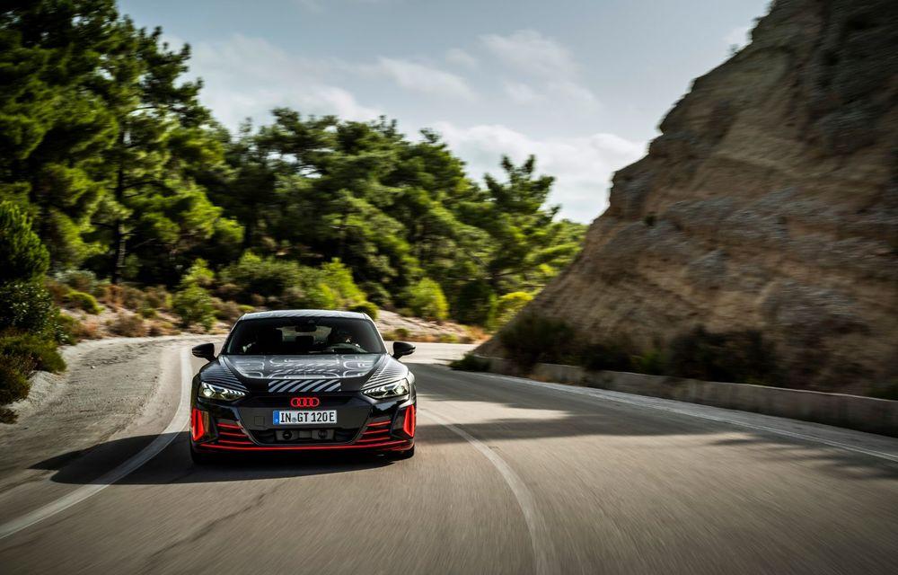 Imagini și informații noi referitoare la viitorul Audi RS e-tron GT: două motoare electrice cu până la 655 CP și autonomie estimată de 400 de kilometri - Poza 18