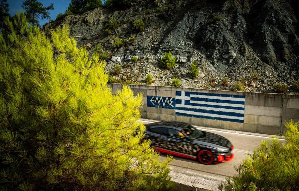 Imagini și informații noi referitoare la viitorul Audi RS e-tron GT: două motoare electrice cu până la 655 CP și autonomie estimată de 400 de kilometri - Poza 17