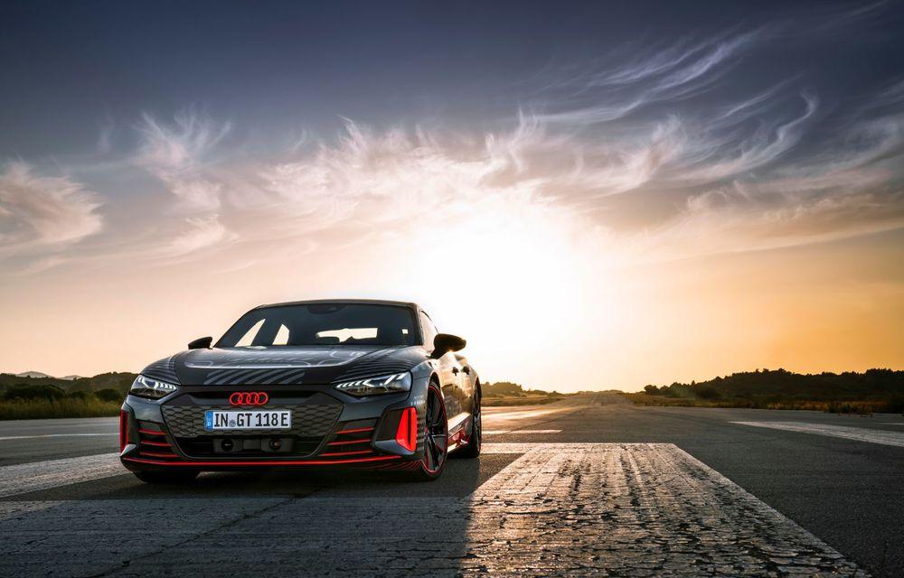 Imagini și informații noi referitoare la viitorul Audi RS e-tron GT: două motoare electrice cu până la 655 CP și autonomie estimată de 400 de kilometri - Poza 11