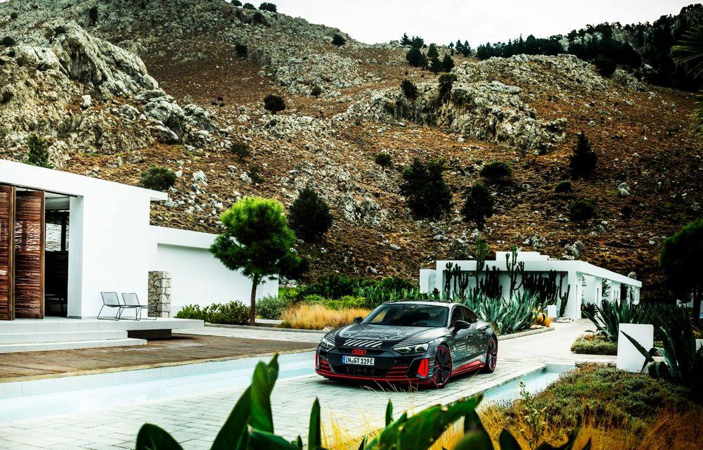 Imagini și informații noi referitoare la viitorul Audi RS e-tron GT: două motoare electrice cu până la 655 CP și autonomie estimată de 400 de kilometri - Poza 43