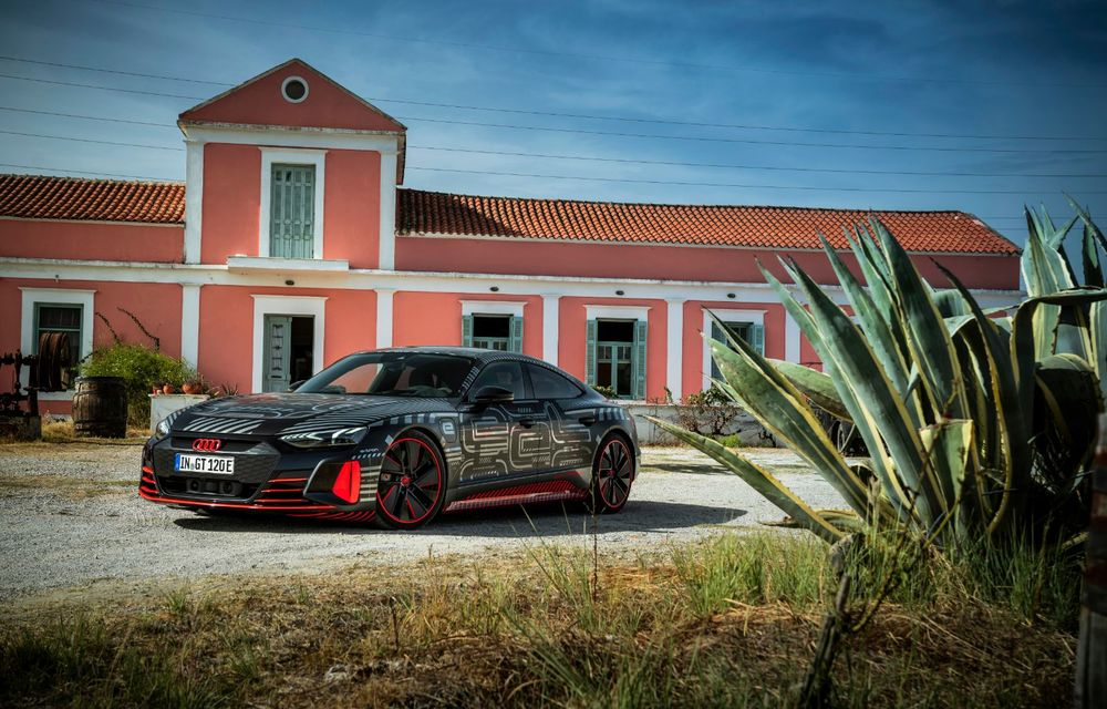 Imagini și informații noi referitoare la viitorul Audi RS e-tron GT: două motoare electrice cu până la 655 CP și autonomie estimată de 400 de kilometri - Poza 21