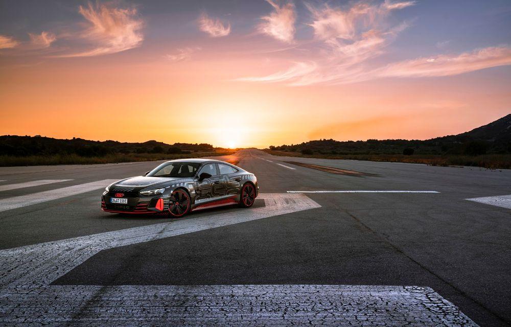 Imagini și informații noi referitoare la viitorul Audi RS e-tron GT: două motoare electrice cu până la 655 CP și autonomie estimată de 400 de kilometri - Poza 13