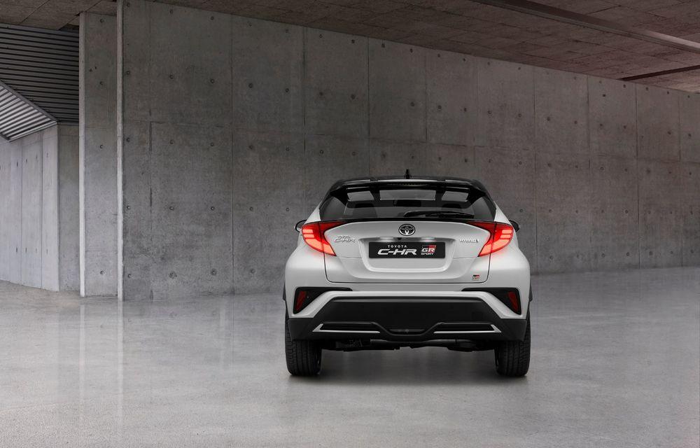 Versiunea Toyota C-HR GR Sport este disponibilă și în Europa: niponii condimentează SUV-ul cu accesorii sport - Poza 4