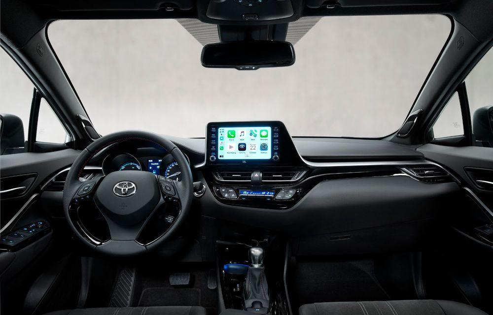 Versiunea Toyota C-HR GR Sport este disponibilă și în Europa: niponii condimentează SUV-ul cu accesorii sport - Poza 19
