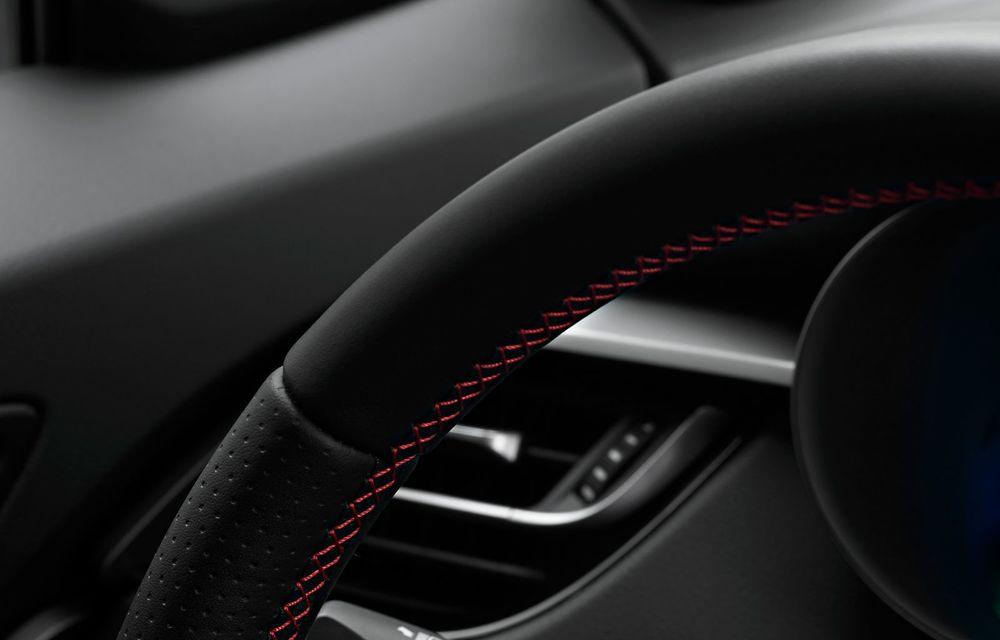 Versiunea Toyota C-HR GR Sport este disponibilă și în Europa: niponii condimentează SUV-ul cu accesorii sport - Poza 27