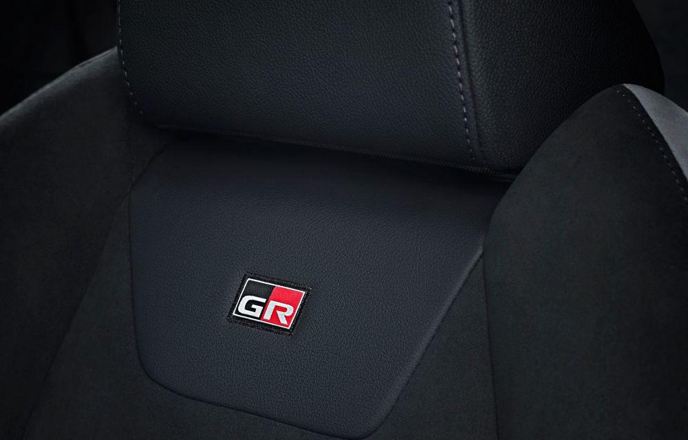 Versiunea Toyota C-HR GR Sport este disponibilă și în Europa: niponii condimentează SUV-ul cu accesorii sport - Poza 23