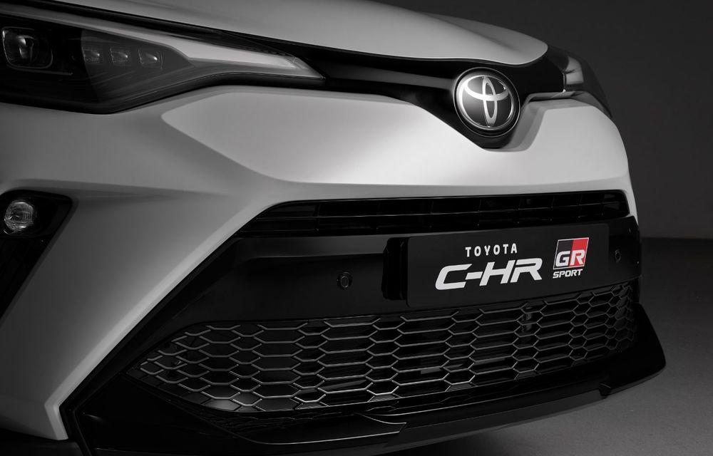 Versiunea Toyota C-HR GR Sport este disponibilă și în Europa: niponii condimentează SUV-ul cu accesorii sport - Poza 12
