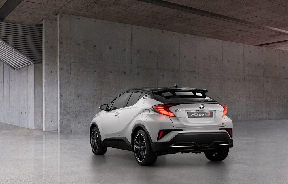 Versiunea Toyota C-HR GR Sport este disponibilă și în Europa: niponii condimentează SUV-ul cu accesorii sport - Poza 2