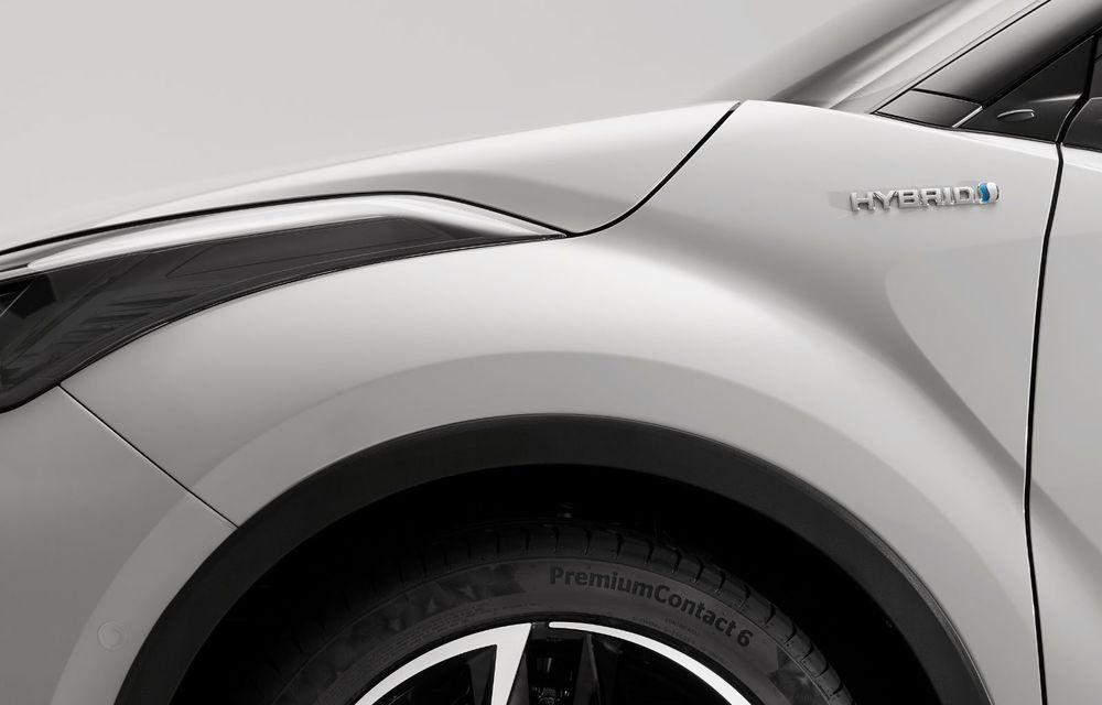 Versiunea Toyota C-HR GR Sport este disponibilă și în Europa: niponii condimentează SUV-ul cu accesorii sport - Poza 16