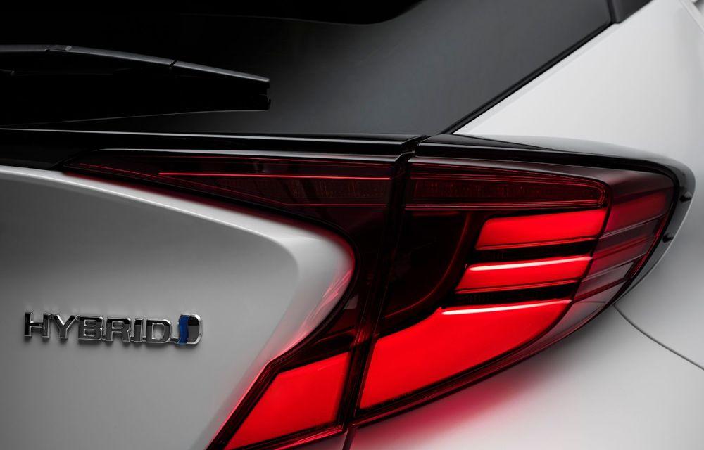 Versiunea Toyota C-HR GR Sport este disponibilă și în Europa: niponii condimentează SUV-ul cu accesorii sport - Poza 14