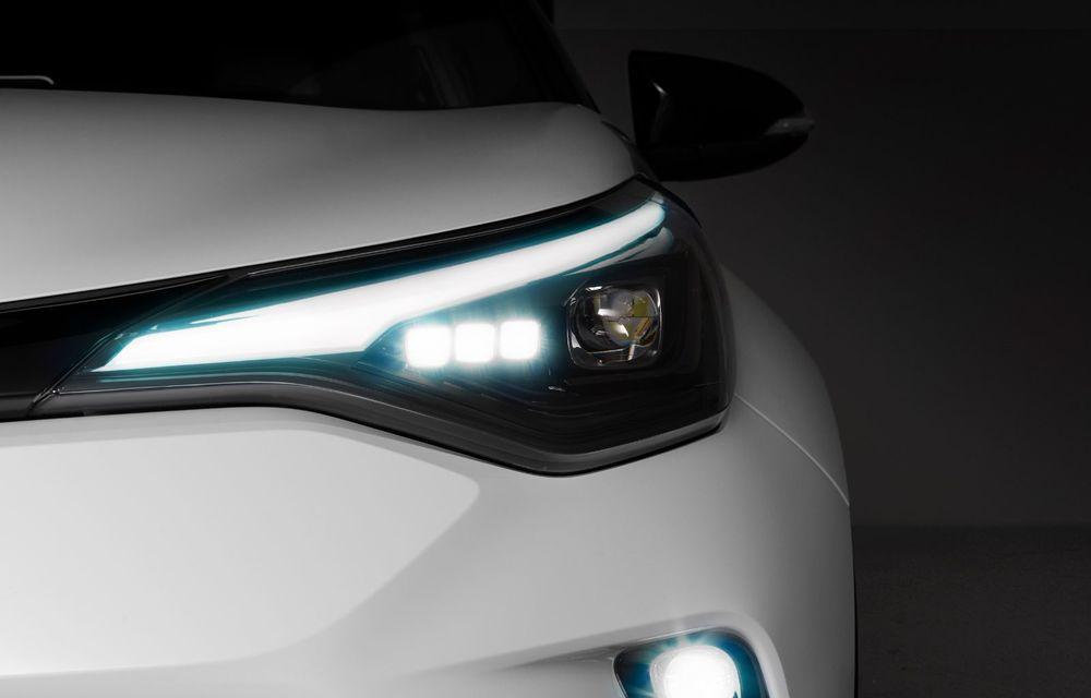 Versiunea Toyota C-HR GR Sport este disponibilă și în Europa: niponii condimentează SUV-ul cu accesorii sport - Poza 10