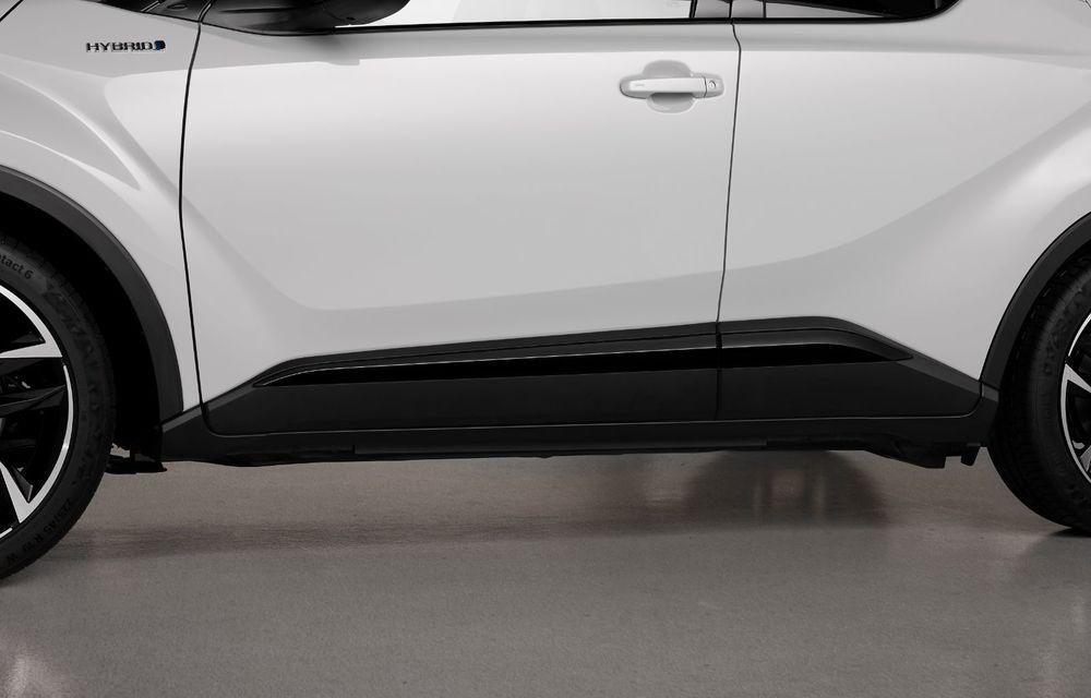 Versiunea Toyota C-HR GR Sport este disponibilă și în Europa: niponii condimentează SUV-ul cu accesorii sport - Poza 13