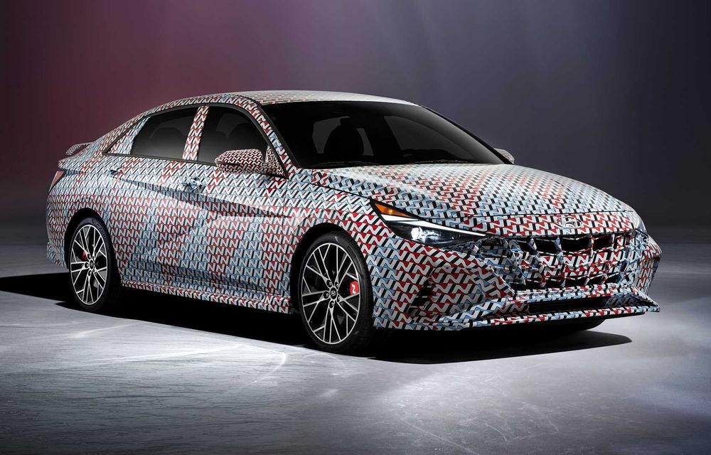 Imagini oficiale cu viitorul Hyundai Elantra N: noul model de performanță ar urma să debuteze până la finalul anului - Poza 1
