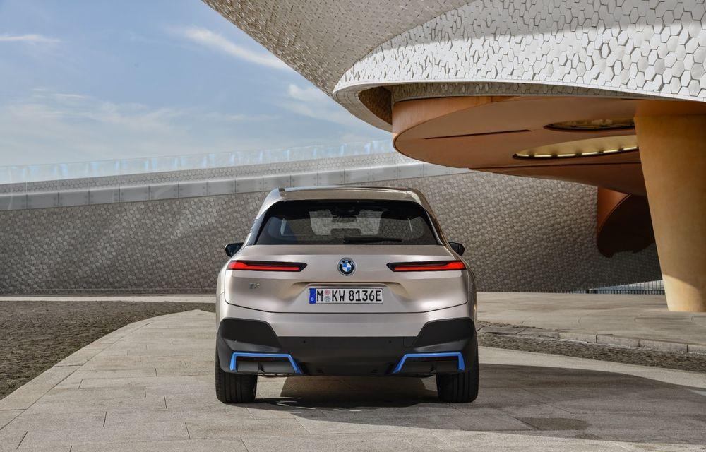 BMW iX este SUV-ul electric derivat din conceptul futurist iNext: peste 500 CP și autonomie mai mare de 600 de kilometri - Poza 4