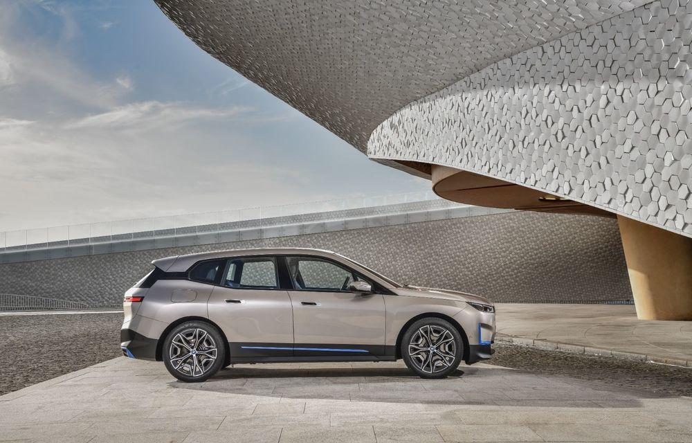 BMW iX este SUV-ul electric derivat din conceptul futurist iNext: peste 500 CP și autonomie mai mare de 600 de kilometri - Poza 3