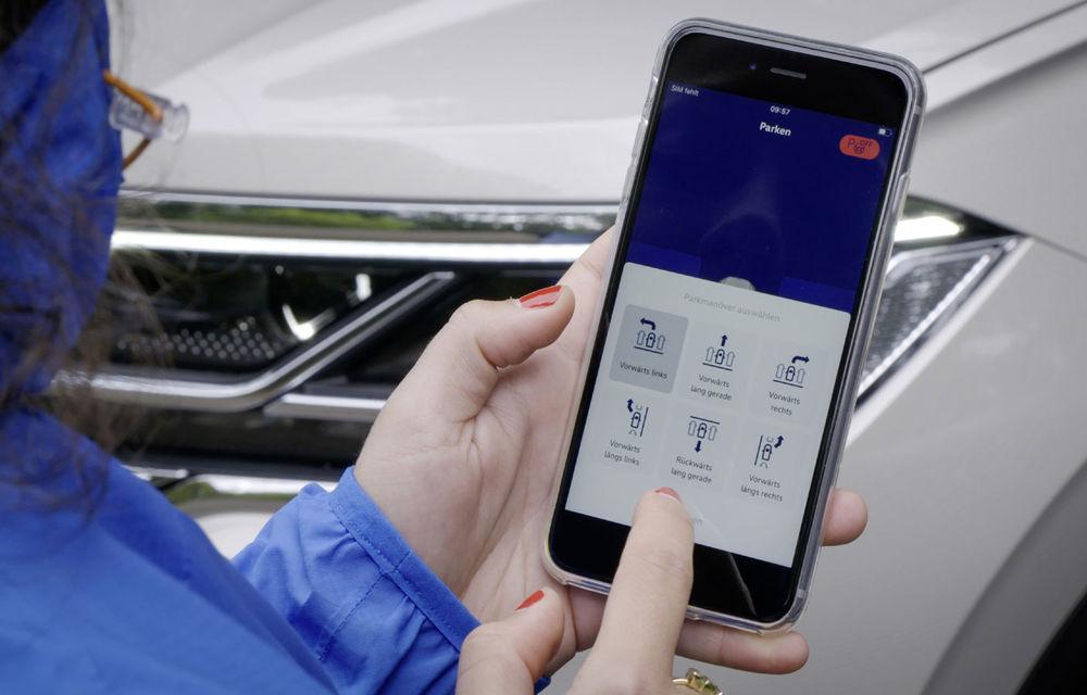 Volkswagen introduce parcarea autonomă pentru Touareg: funcția, disponibilă printr-o aplicație de smartphone - Poza 5