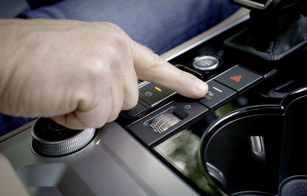 Volkswagen introduce parcarea autonomă pentru Touareg: funcția, disponibilă printr-o aplicație de smartphone - Poza 8