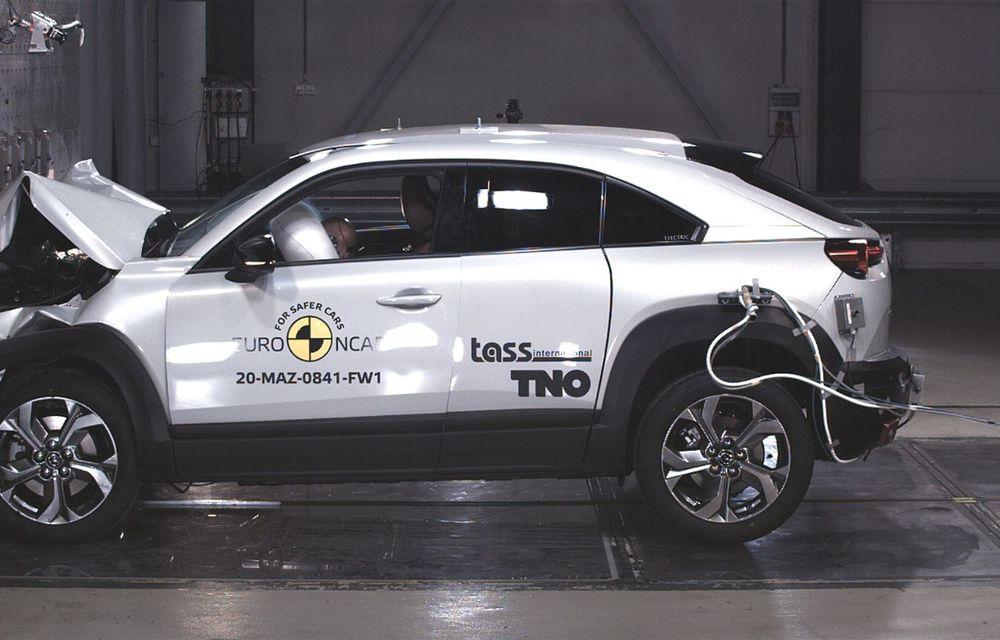 Teste Euro NCAP: SUV-ul electric Mazda MX-30 și noua generație Honda Jazz au obținut 5 stele la testele de siguranță - Poza 9