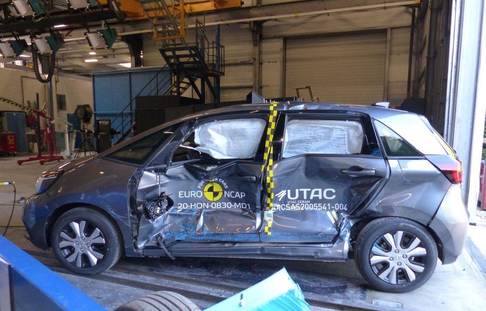 Teste Euro NCAP: SUV-ul electric Mazda MX-30 și noua generație Honda Jazz au obținut 5 stele la testele de siguranță - Poza 2