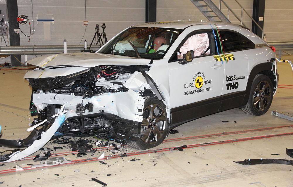 Teste Euro NCAP: SUV-ul electric Mazda MX-30 și noua generație Honda Jazz au obținut 5 stele la testele de siguranță - Poza 1