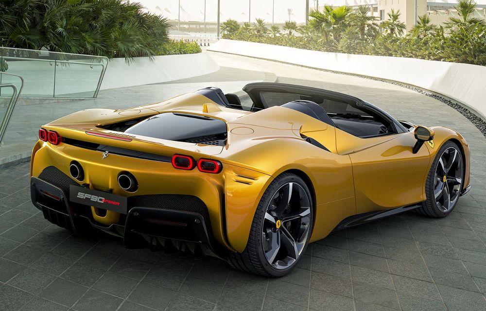 Ferrari a prezentat noul SF90 Spider: plafon hard top care poate fi coborât în 14 secunde și sistem plug-in hybrid de propulsie cu 1.000 CP - Poza 4
