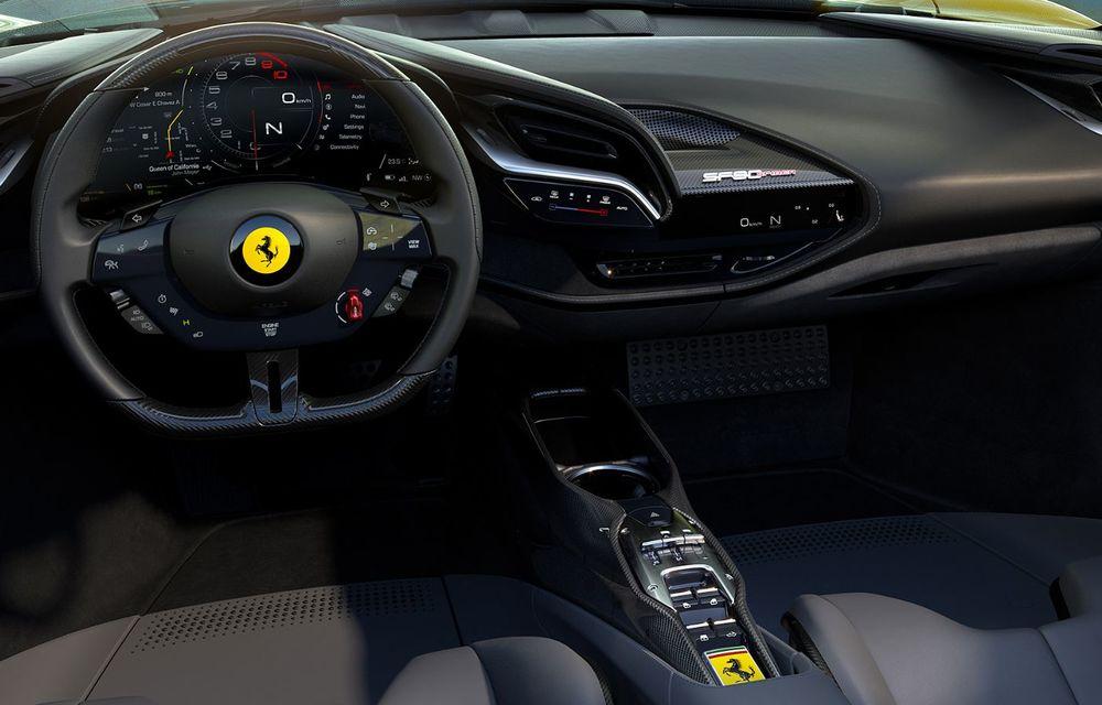 Ferrari a prezentat noul SF90 Spider: plafon hard top care poate fi coborât în 14 secunde și sistem plug-in hybrid de propulsie cu 1.000 CP - Poza 9