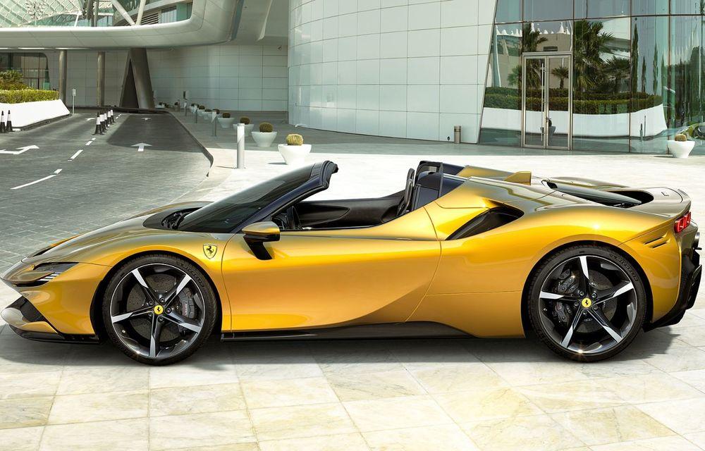Ferrari a prezentat noul SF90 Spider: plafon hard top care poate fi coborât în 14 secunde și sistem plug-in hybrid de propulsie cu 1.000 CP - Poza 3