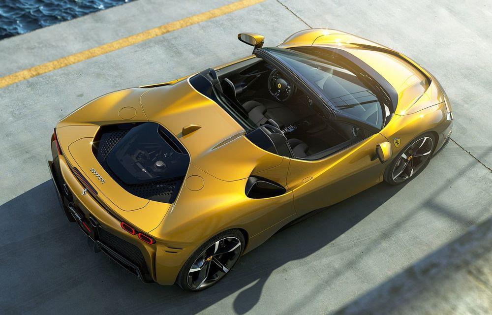 Ferrari a prezentat noul SF90 Spider: plafon hard top care poate fi coborât în 14 secunde și sistem plug-in hybrid de propulsie cu 1.000 CP - Poza 2