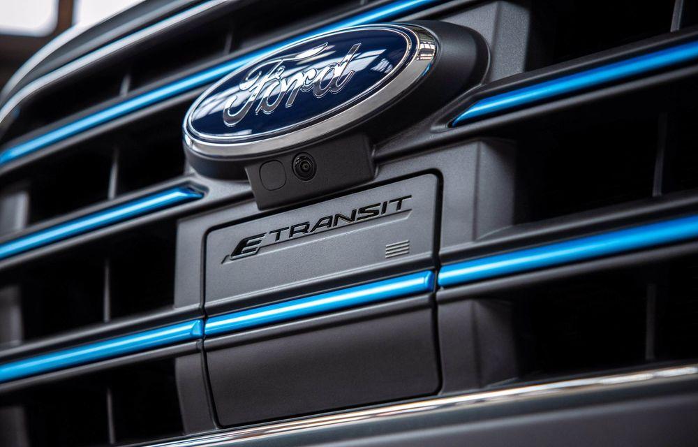 Primele imagini și detalii despre utilitara electrică Ford E-Transit: 269 de cai putere și autonomie de 350 de kilometri - Poza 6
