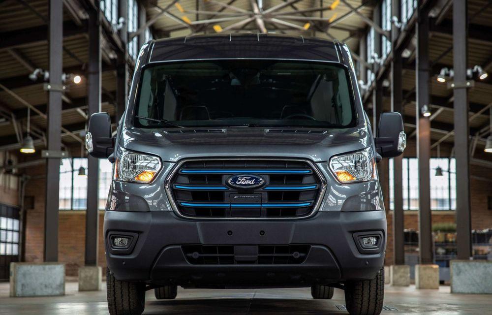 Primele imagini și detalii despre utilitara electrică Ford E-Transit: 269 de cai putere și autonomie de 350 de kilometri - Poza 3