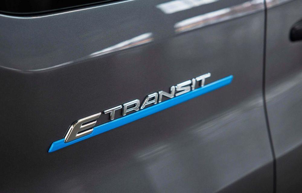 Primele imagini și detalii despre utilitara electrică Ford E-Transit: 269 de cai putere și autonomie de 350 de kilometri - Poza 7