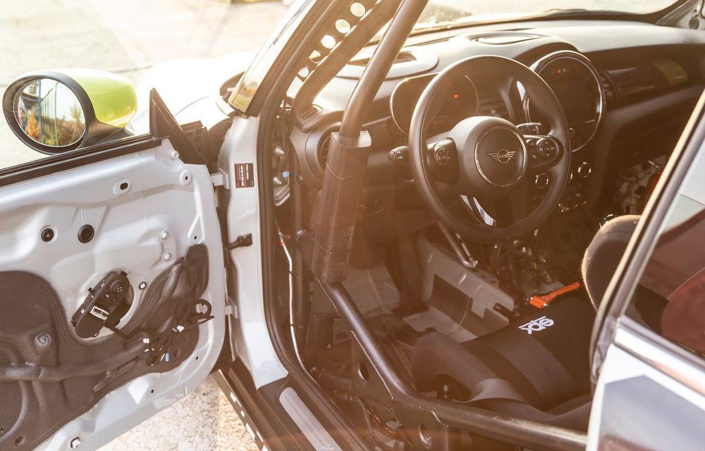 Întâlnire pe circuit cu Mini Electric Racing: modelul de competiție este dezvoltat 100% în România - Poza 42