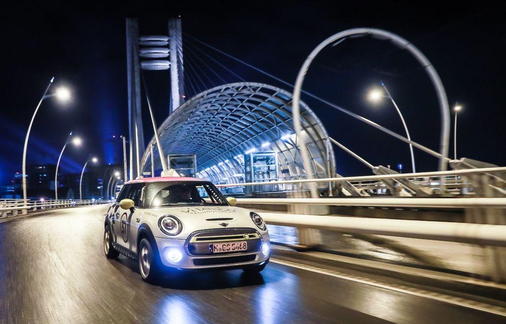 Întâlnire pe circuit cu Mini Electric Racing: modelul de competiție este dezvoltat 100% în România - Poza 80