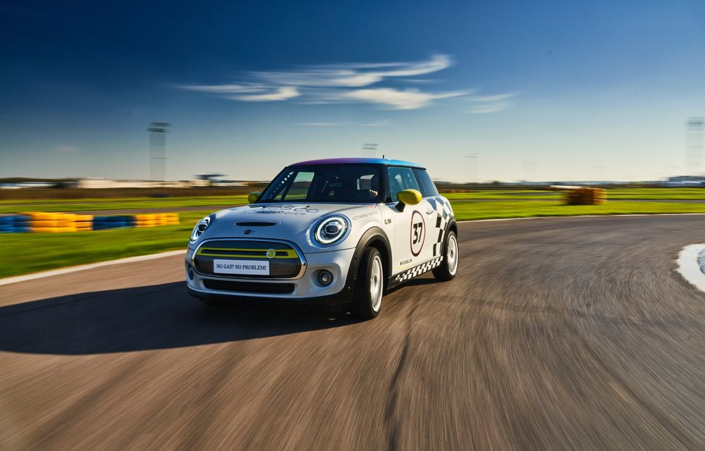 Întâlnire pe circuit cu Mini Electric Racing: modelul de competiție este dezvoltat 100% în România - Poza 5