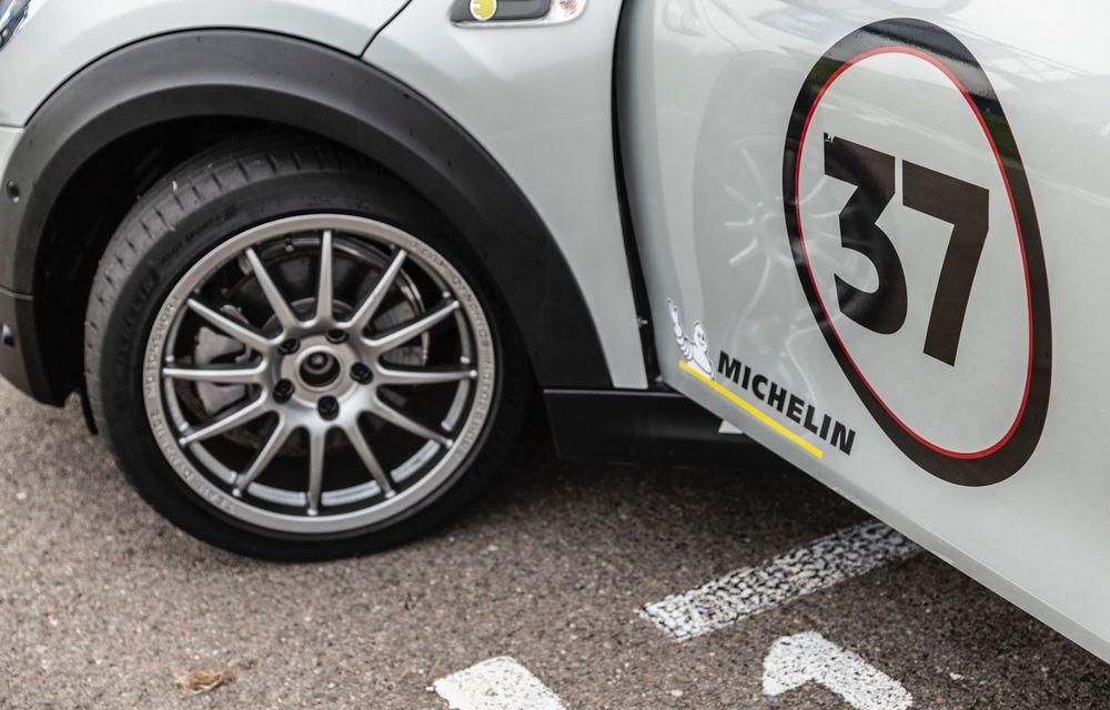 Întâlnire pe circuit cu Mini Electric Racing: modelul de competiție este dezvoltat 100% în România - Poza 30