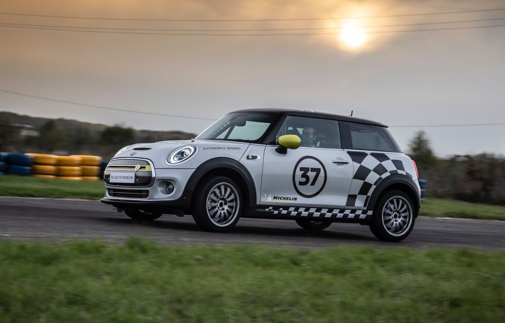 Întâlnire pe circuit cu Mini Electric Racing: modelul de competiție este dezvoltat 100% în România - Poza 89
