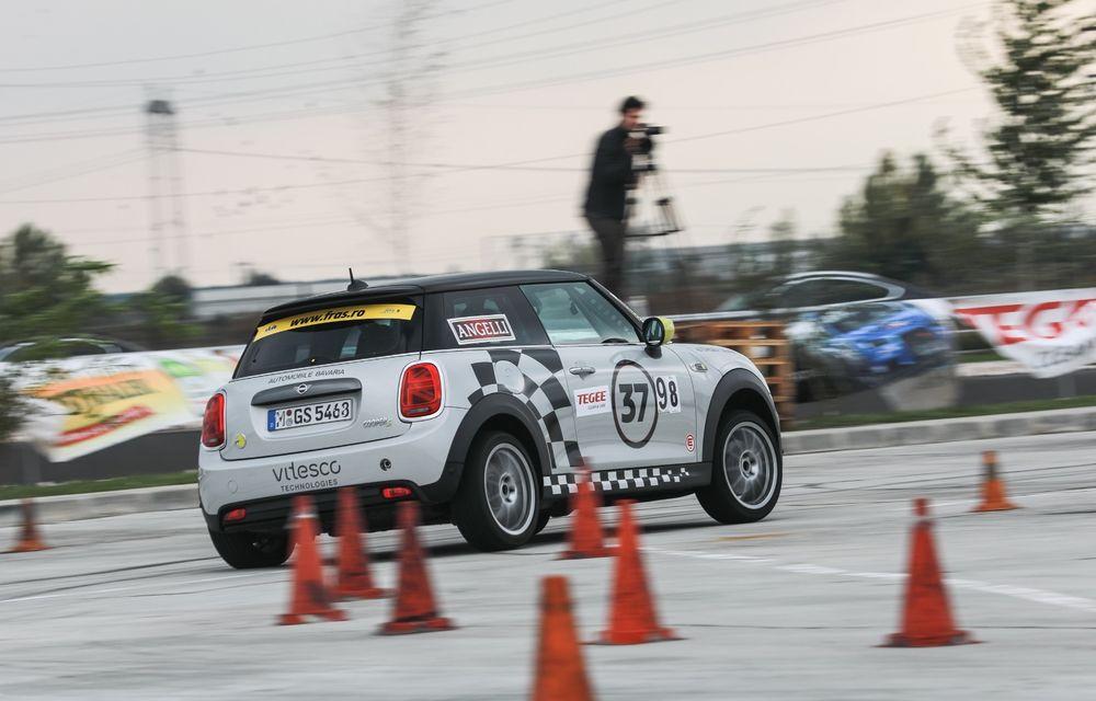 Întâlnire pe circuit cu Mini Electric Racing: modelul de competiție este dezvoltat 100% în România - Poza 61